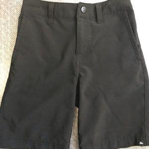 Quiksilver  quicksilver boys size 6 dress shorts